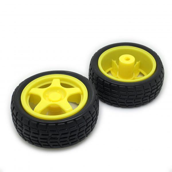Pair of wheels for geared motors